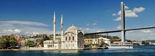 Ortokoy Mosque , Istanbul, Turkey